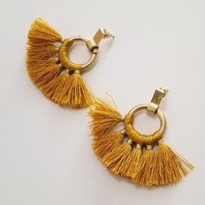 Jewelry - IN THE FIELDS MUSTARD GOLD EARRINGS